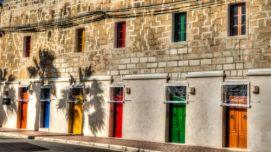 Marsaxlokk, façades colorées