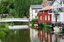 La Suède et ses maisons colorées